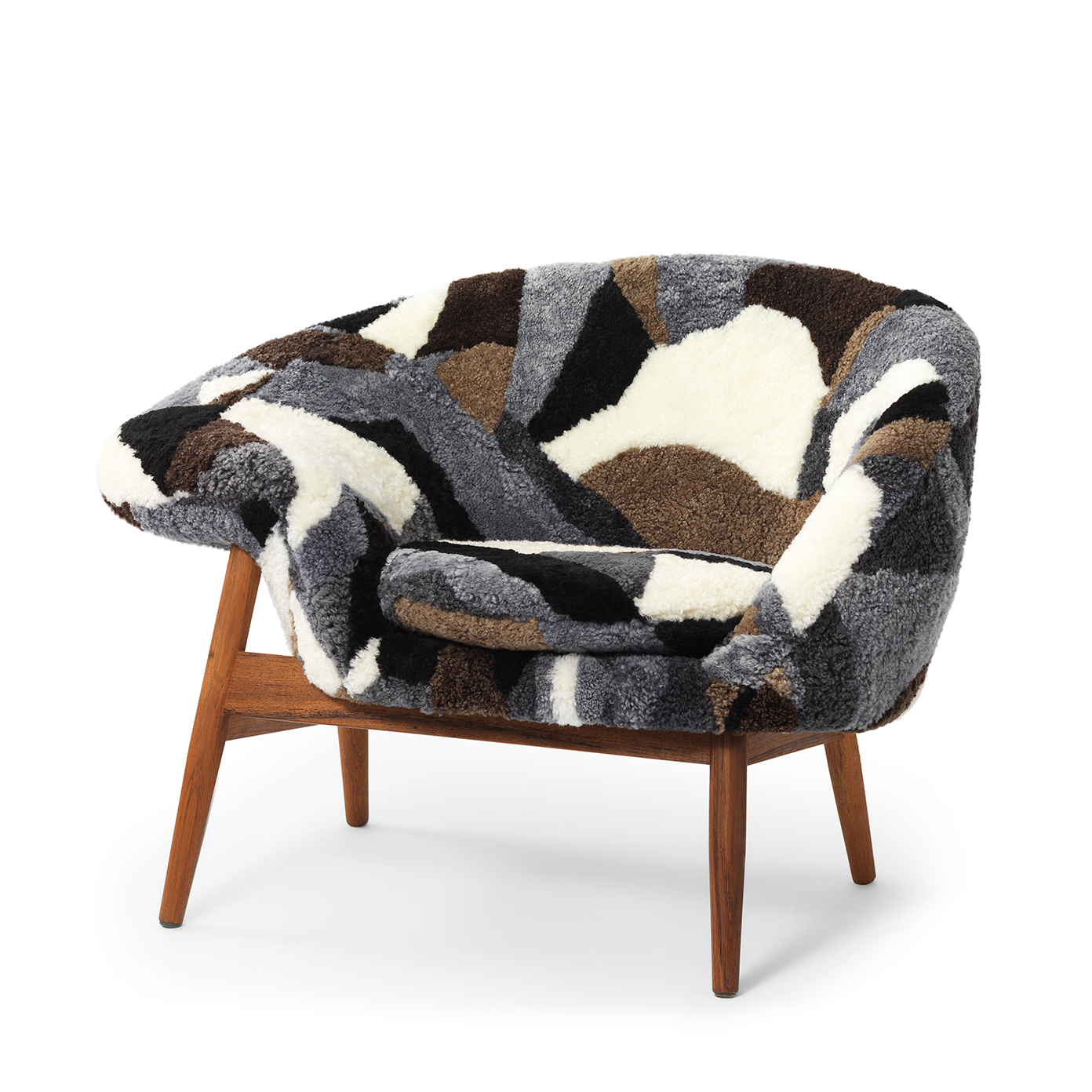 Warm Nordic Lounge chair